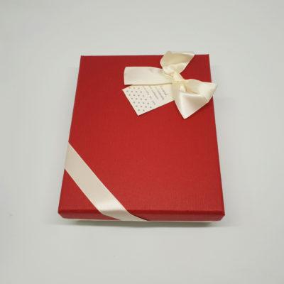 cutie cadou de dragobete pentru femei